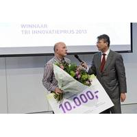 Eekels prize award: Photo courtesy of the company