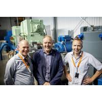 The project leaders pictured at the Sustainable Energy Catapult Center's test facility at Stord, Norway from left to right: Egil Hystad, Wärtsilä, Willy Wågen, Sustainable Catapult, and Kjell Storelid, Wärtsilä. (Photo: Wärtsilä)