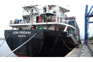 PT Indo Container Line - MV Icon Perdana (Photo courtesy of Shell)