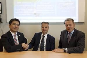 At the Nor-Shipping presentation (from L to R): Hideyuki Ando, Senior General Manager, MTI/NYK Group, Trond Hodne, Sales and Marketing Director, DNV GL - Maritime, Svein Steimler, President and Chief Executive Officer, NYK Group Europe Ltd.