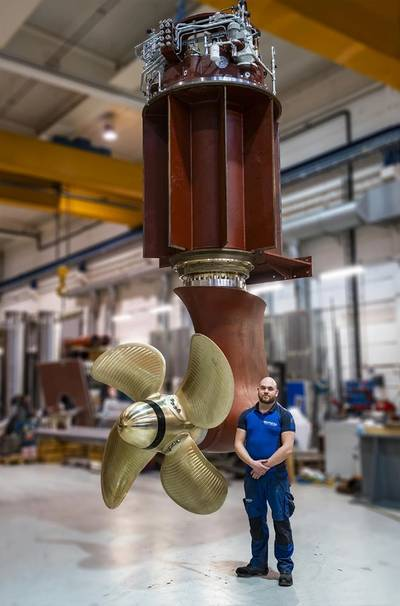 The two azimuth pulling thrusters from Brunvoll are of the type PU74 with CP propeller with a diameter of 2.2 meters and a power of 900kW each. In addition, there are two FU63 tunnel thrusters in the bow, each 700kW. Photo: Jørgen Eide / Brunvoll AS.