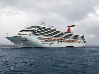 Carnival Triumph: Photo courtesy of Scott Lucht CCL