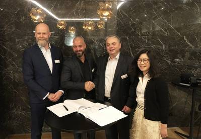 (from left): Poul Knudsgaard, Head of Four Stroke Denmark, Jan Zebitz, Head of Aft Ship & Propeller, Stjepan Kucifer, Managing Director MAN ES China Production, and Kui Xi, CFO MAN ES Shanghai China (Photo: MAN Energy Solutions)_