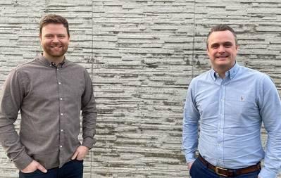 From left: Kristian Osnes, Executive Vice President at Havyard Hydrogen, with Lars Conradi Andersen, Vice President Sales at Havyard Design & Solutions. (Photo: Havyard)