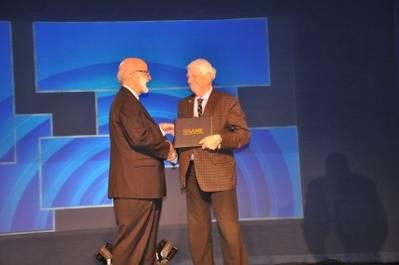 SNAME honored Thordon's Sandy Thomson. (Photo: Thordon)