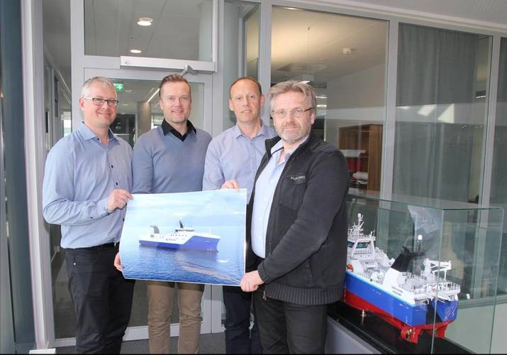 From left Agnar Juvik (VARD), Torgeir Folland (VARD), Webjørn Barstad (HAVFISK) and Stein Oksnes (HAVFISK) Photo Vard