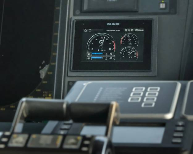 The iSea bridge display shows the control values of up to seven peripheral devices. Copyright MAN Truck & Bus SE