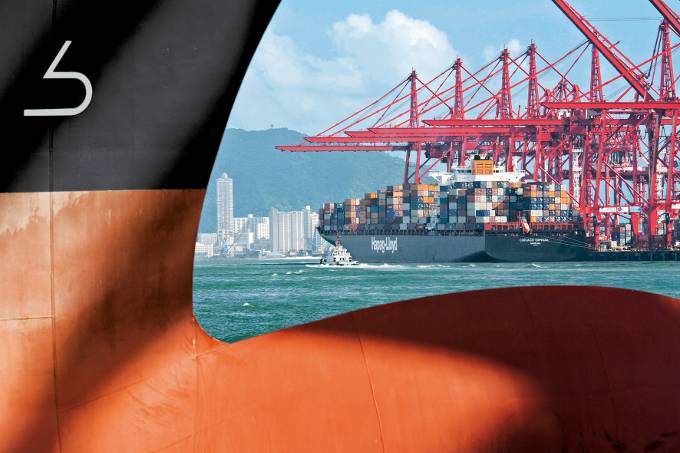 Bulbous bow of the Hapag-Lloyd training ship Chicago Express (Photo: Hapag-Lloyd)