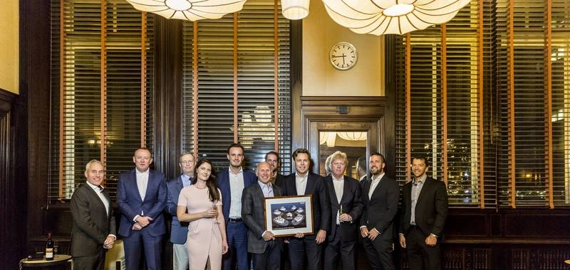 left to right: Jos van Woerkum (Managing Director, Damen Shipyards Hardinxveld), Roland Briene (Area Sales Manager, Damen Shipyards Gorinchem), Simon Evans (Technical Advisor), Rebecca Hayward (Legal Manager Strategic Contracts / Developments at Fortescue Metals Group), Vincent Maes (Area Sales Manager, Damen Shipyards Gorinchem), Peter Huston (Director – Corporate, Fortescue Metals Group), John Krielaart (Design & Proposal Engineer, Damen Shipyards Gorinchem), Arnout Damen (CCO, Damen Shipyards