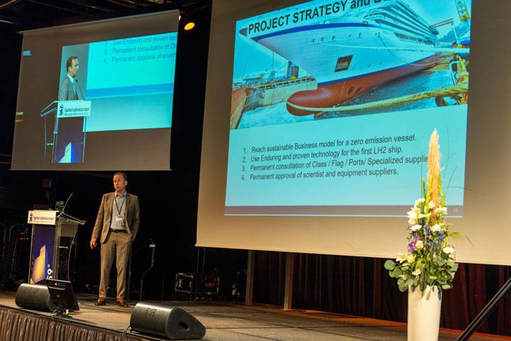 Serge Fossati, project manager at Viking Cruises, unveiled the company's hydrogen plans in Haugesund. (Photo: Norwegian Maritime Authority)