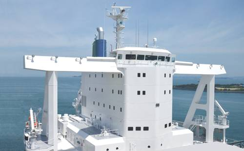Aero-Citadel type next generation superstructure that has achieved reduced wind resistance and secured antipiracy measures (Photo: Imabari Shipbuilding)