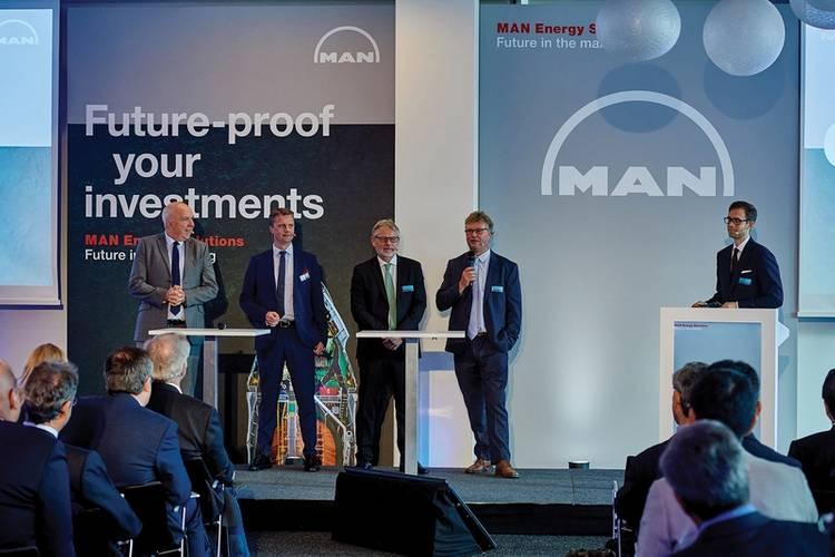 Wayne Jones MAN ES, Pontus Berg BW LPG Ltd, Rene Sejer Laursen MAN ES, Lars Juliussen MAN ES. Images: ©MAN ES
