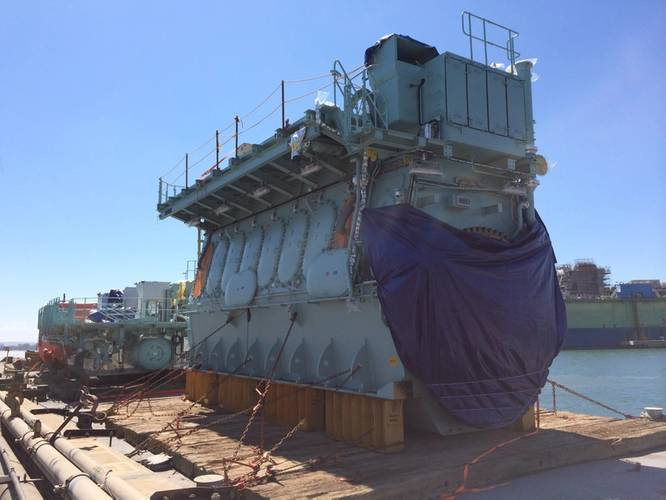 The world's first dual-fuel slow-speed engine arrived at General Dynamics' NASSCO Shipyard (Photo: TOTE)